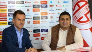 Antalyaspor, Stjepan Tomas ile 2.5 yıllık sözleşme imzaladı