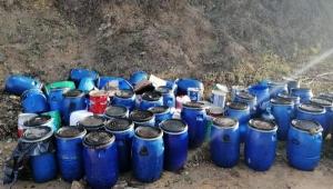 Çevre katilleri atık yağları araziye bıraktılar