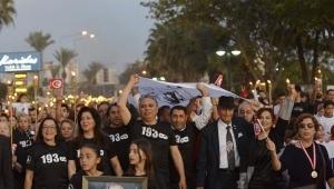 Binler 'Ata'ya Saygı Yürüyüşü'nde buluştu