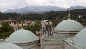 Büyükşehir Belediyesi'nden Gebiz Camii'ne bakım