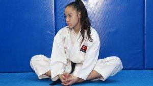 Dünya şampiyonu karateci Müşerref'in hedefi; zirvedeki yerini korumak