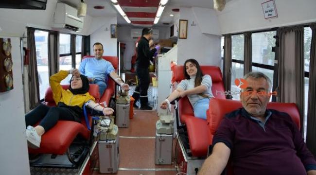 Korkuteli'de 603 ünite bağış