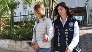'MİT mensubuyuz' diyerek dolandıran sahtekar sevgililer yakalandı