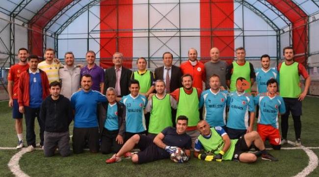Öğretmenler arası futbol turnuvası