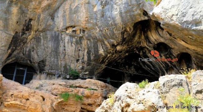 500 bin yıl öncesinin ilk iskanı Karain Mağarası'nın ziyaretçi sayısı arttı