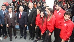 Başkan Tütüncü öğrencilerle buluştu