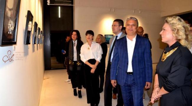 Cam eserler sergisi açıldı