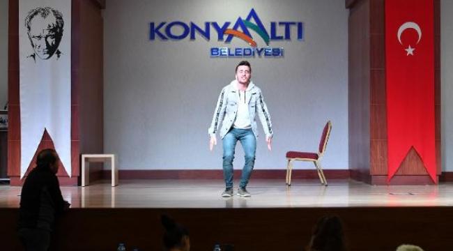 Konyaaltı Belediyesi Tiyatrosu için oyuncu seçmeleri gerçekleştirildi.