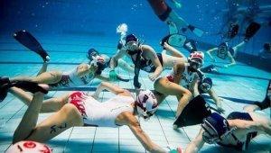 Sualtı hokey takımları Antalya'da kamp yaptı