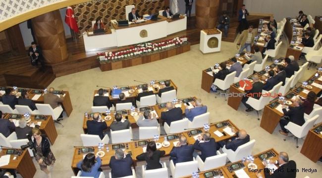 Uysal'dan meclis üyelerine