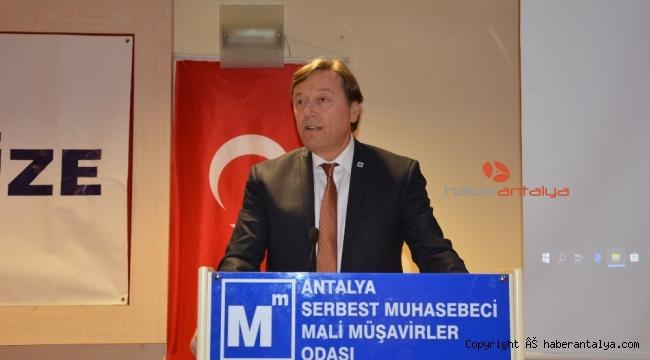 Antalya SMMO'da 'Yeni Ekonomide Dönüşüm' konferansı