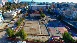 Muratpaşa'dan bir spor salonu daha