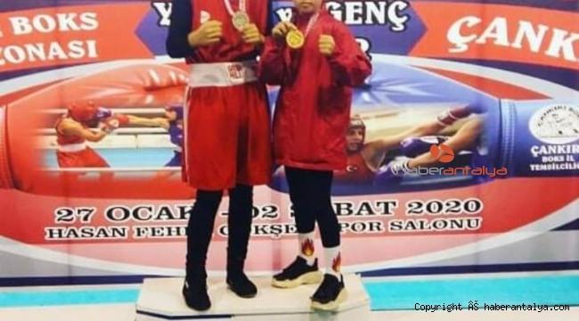 Antalyalı küçük boksör Türkiye Şampiyonu oldu