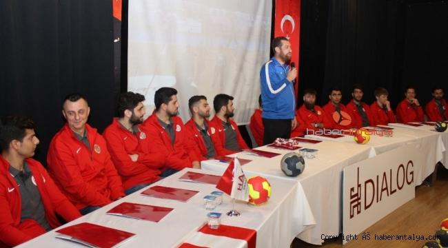 CIP Travel Antalyaspor sprcuları öğrencilerle bir araya geldi