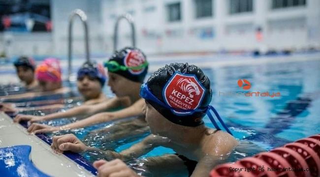Kepez'de yüzme kurslarına ilgi