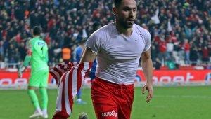 Sinan Gümüş'ten Antalyaspor'a büyük katkı
