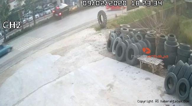 Türel ve Özhaseki'nin yaptığı kaza kamerada !