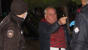 67 yaşındaki alkollü vatandaş polise zorluk çıkarttı !