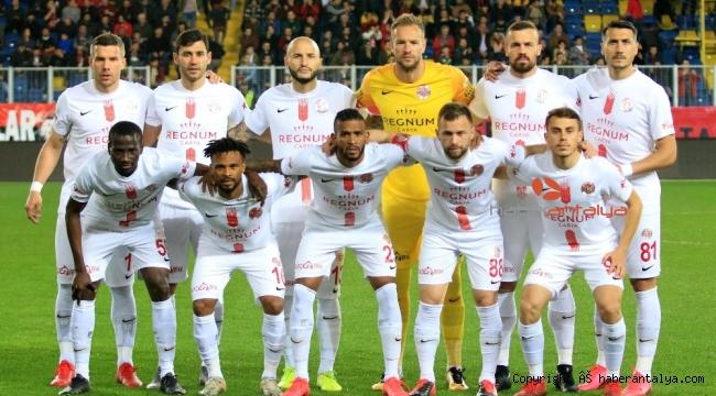 Antalyaspor 2 eksikle zorlu Sivasspor maçına çıkacak