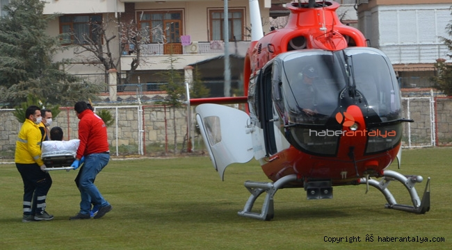 Kalp krizi geçiren vatandaşa hava ambulansı yetişti !