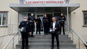 Emniyet görevlilerine siperlikli yüz maskesi