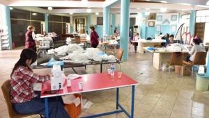 Kepez Belediyesi günlük maske üretimini 8 bine çıkardı