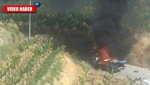Alanya'da otomobil alev alev yandı