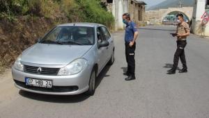 Alanya'da sürücülere maske ve sosyal mesafe denetimi