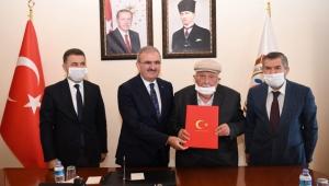 Ali Uyaroğlu'dan okul protokolü