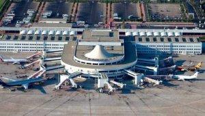 Antalya Havalimanına ilk uçak yarın 11:39'da iniyor !