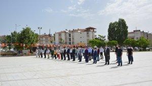 Korkuteli'nde 19 Mayıs Çelenk Sunma Töreniyle kutlandı