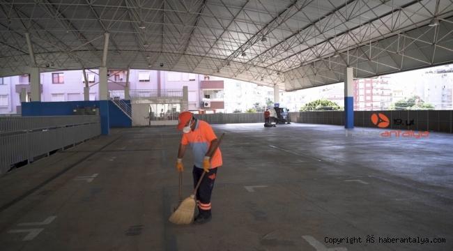 Muratpaşa'da Cuma hazırlıkları tamamlandı