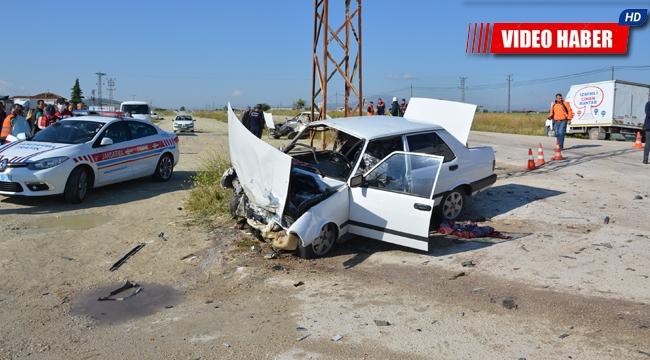 Antalya'da feci kaza. Ölümün teğet geçtiği anlar kamerada !