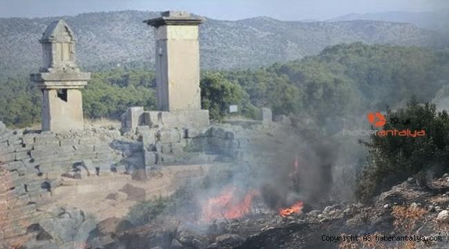 Xanthos Antik Kenti'ni tehdit eden yangın korkuttu!