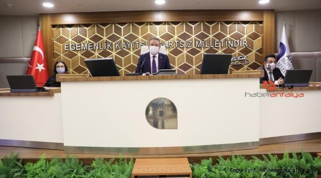 Meclisite 'lüzumsuz proje' tartışması