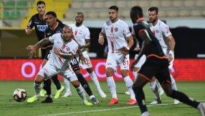Antalya derbisinde geri sayım. İşte iki takım arasında oynanan maçlar...