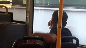 Antalya'da otobüste maske kavgası