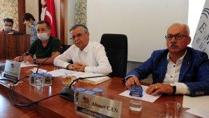 """Başkan Topaloğlu: """"Kemer'deki çok sayıda otel sertifikasını aldı """""""