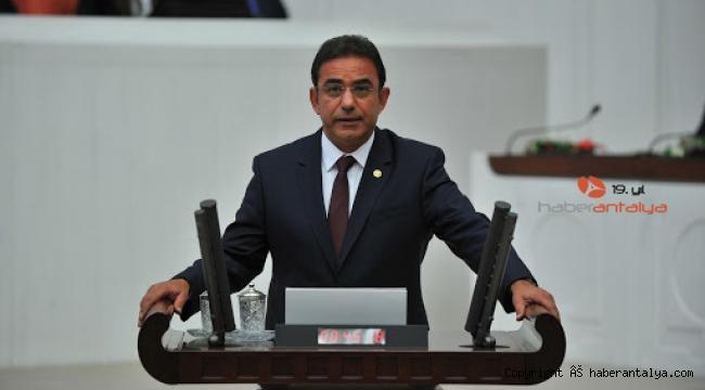 Çetin Osman Budak: 'Turizm batmış Turizm Bakanı ortada yok ! '