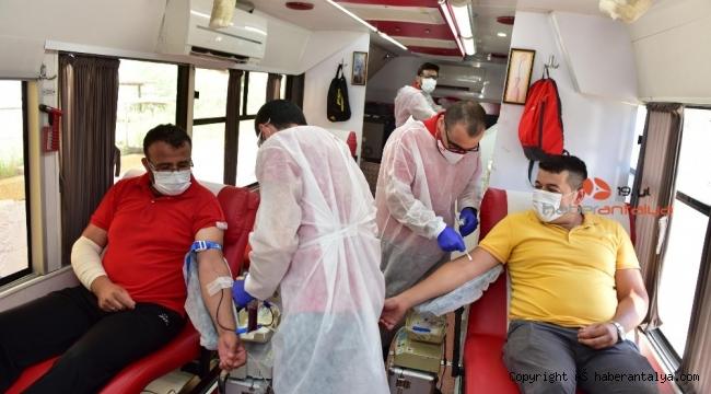 Kepez'de 'Kan ver can olsun' kampanyası