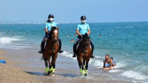 Manavgat sahilleri atlı jandarmaya emanet