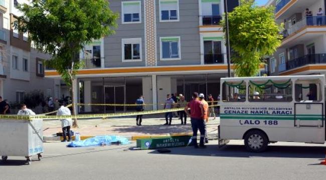 Motosikletlinin öldüğü kazada, minibüsün 90 metrelik fren izi