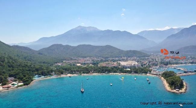Akdeniz'in zirvesi turizmin de zirvesinde