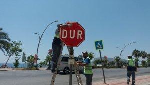 Alanya'da trafik çalışmaları devam ediyor