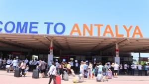 Antalya'da turizmcilerin 'Rus' sevinci !