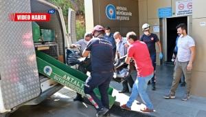 Asansörde kimliği belirsiz ceset bulundu