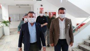 Başkan Böcek Alanya temaslarına başladı