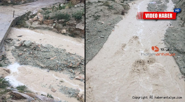 Antalya'da aşırı yağış su baskınlarına neden oldu