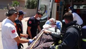 Yaşlı kadın mahsur kaldı, itfaiye seferber oldu