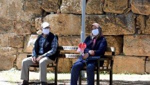 Antalya'da 65 yaş üstü vatandaşlara kısıtlama getirildi !